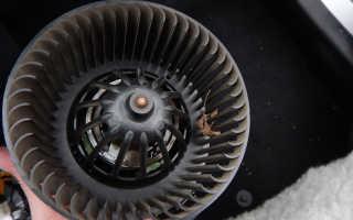 Как поменять вентилятор печки на Дастере